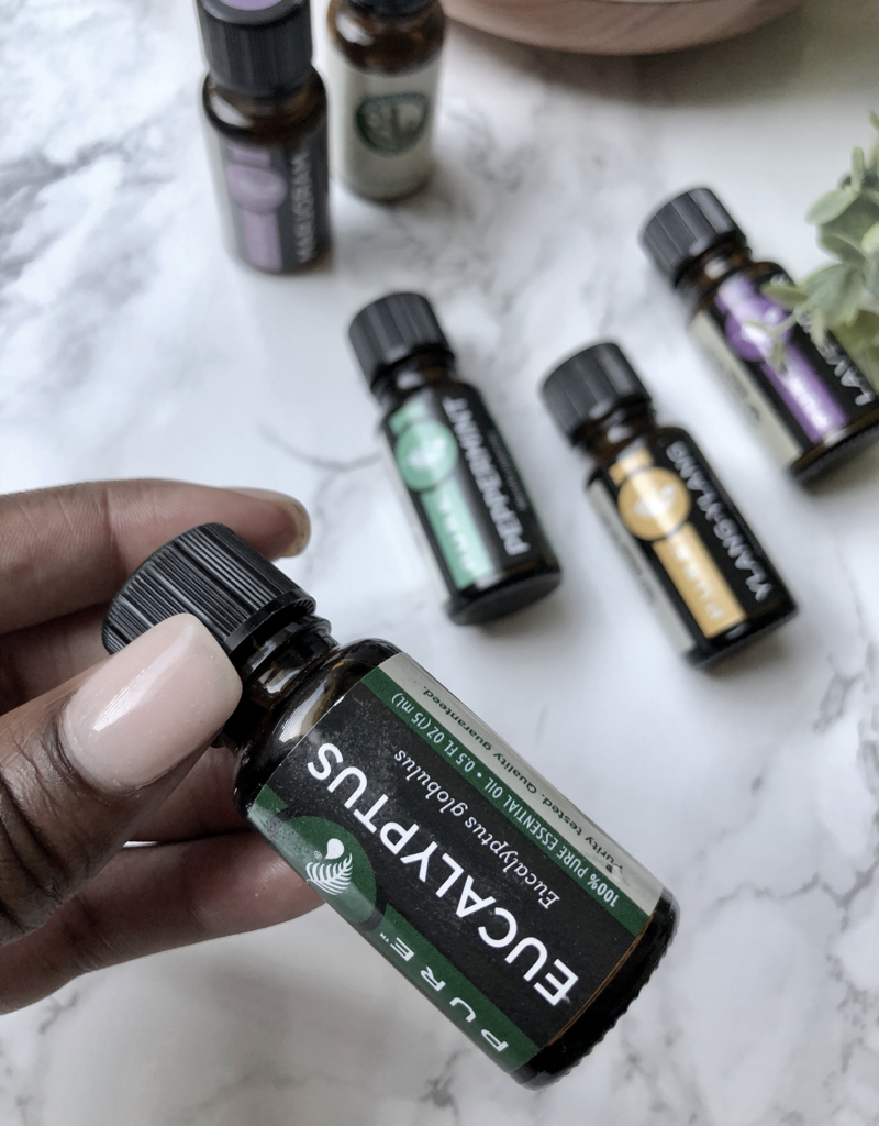 4 Ways Essential Oils Can Improve Your Life Using a Diffuser