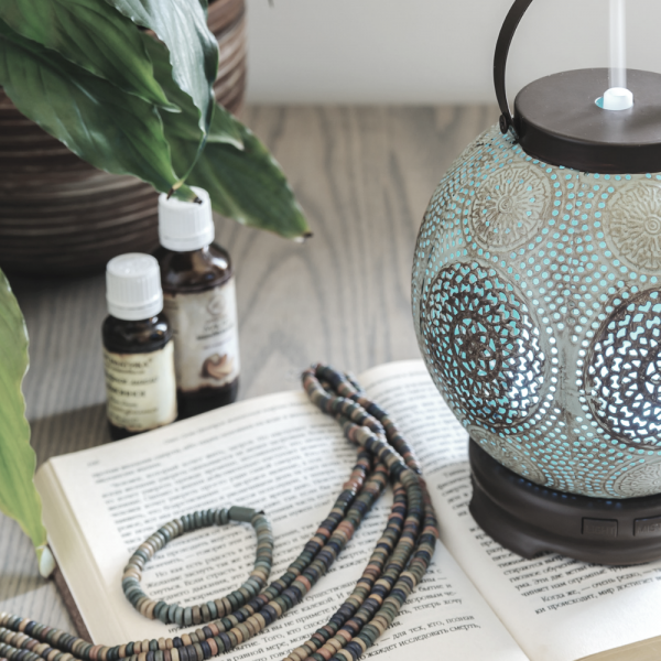 Ways Essential Oils Can Improve Your Life Using a Diffuser